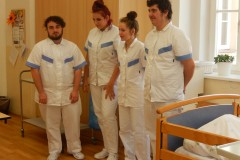 Praktická zkouška - Pečovatelství 12. 6. 2020